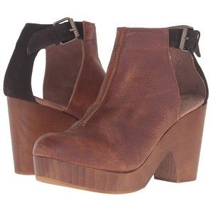 NWOB FP Amber Orchard clogs. Size 37 1/2